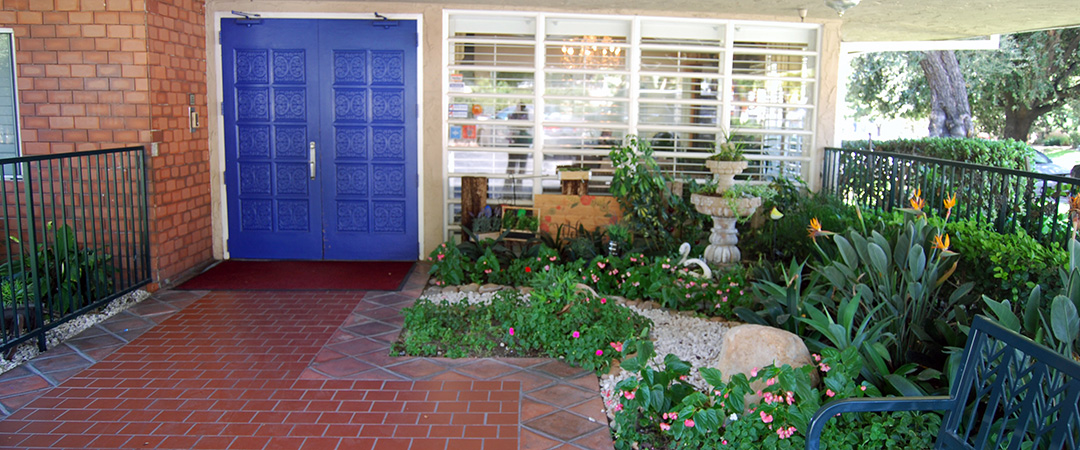 Astoria front entry